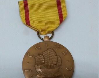 cb1b4b97724e 25 % de rabais vente Vintage WW2 USN USMC Chine médaille du Service