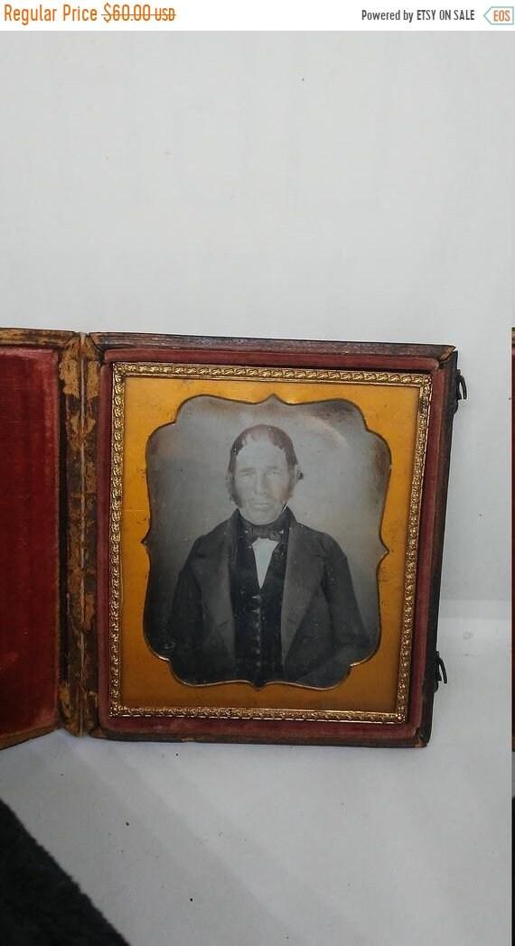 cc6f436167d7a Summer Sale 30% off Antique Civil War era Leather Case & Daguerreotype of  Old Man