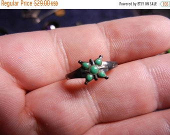 Flash 50% off sale Vintage Sterling Silver Native American Turquoise Ring Size 5