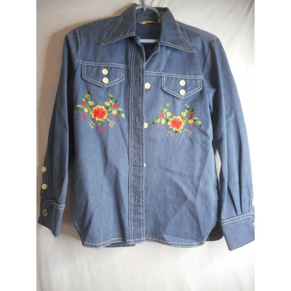Funky 60s embroidered shirt