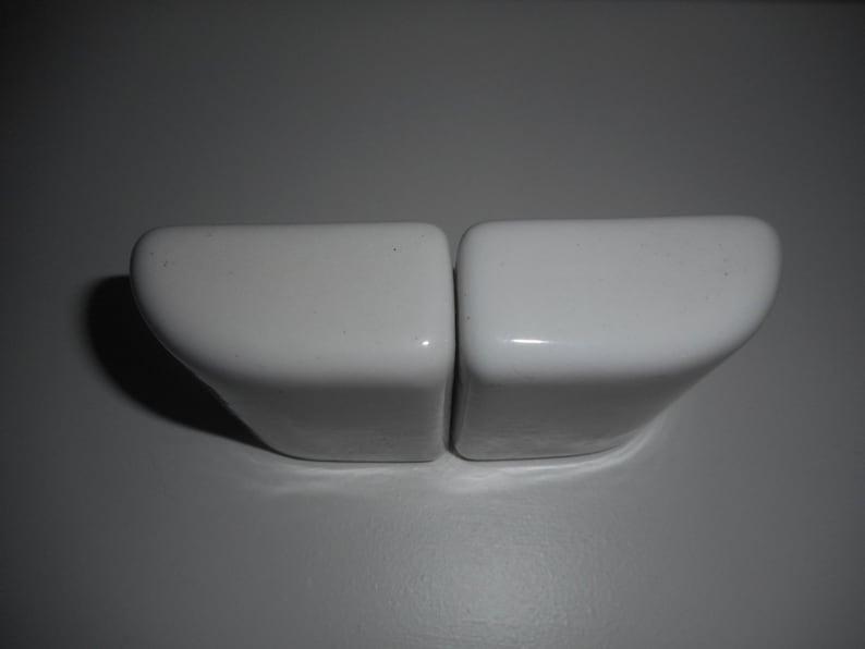 Vintage art deco silver /& white ceramic Salt and Pepper Set
