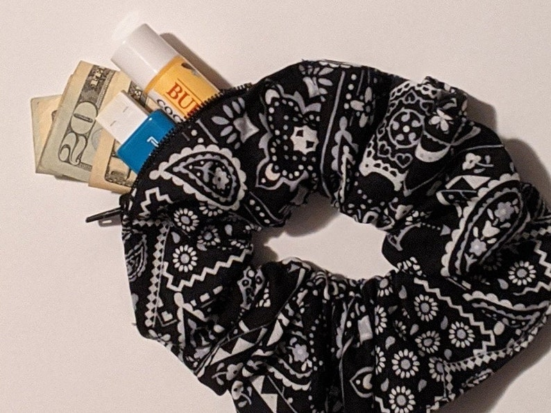 Stash Scrunchies Zipper Scrunchies Pocket Scrunchies Zipper image 1