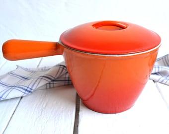 Le Creuset Flame Orange Cast Iron Pan Cooking Pot Saucepan Raymond Loewy Enamel Cookware