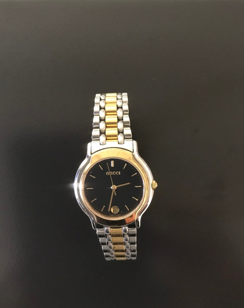c84d70abb29 Gucci 8 authentic mens handsome two tone link watch new