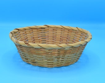 Brown Small Wicker Basket Vintage FREE SHIPPING Woven Basket Bungalow Bohemian Boho Decor Catch All French Country Decor Craft Supplies