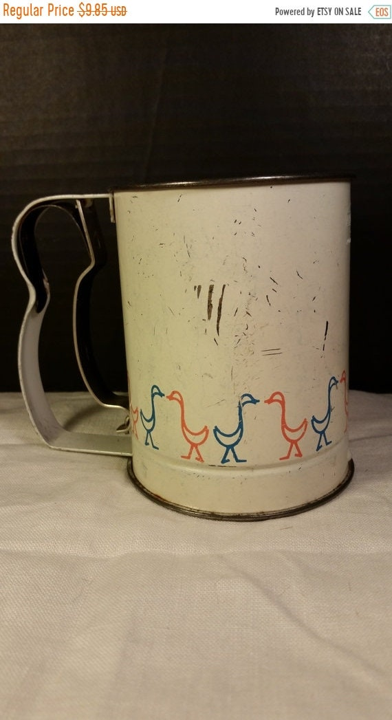 Sale Clearance Androck Flour Sifter Red and Blue Ducks Mid Century Vintage Androck Sifter 3 Cup Geese Bird Farmhouse Rustic Kitchen Made in