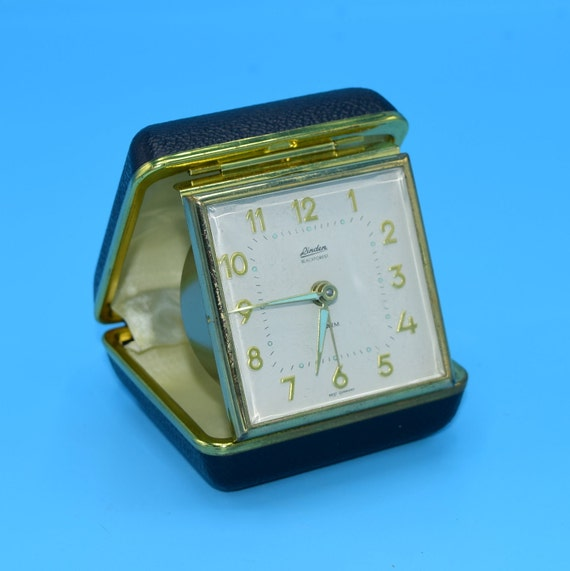 Linden Travel Clock Vintage Winding Travel Alarm Clock Compact Case Windup Gears Glow in the Dark Hands Working Travel Clock Gift for Him