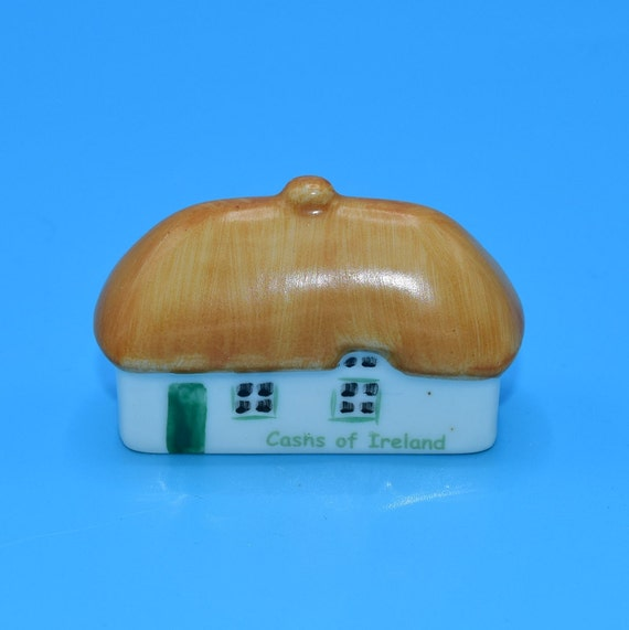 Cashs of Ireland Figurine Vintage Irish Dresden Thatched Roof Cottage Figurine Hand Painted Dollhouse Figurine Christmas Village Home