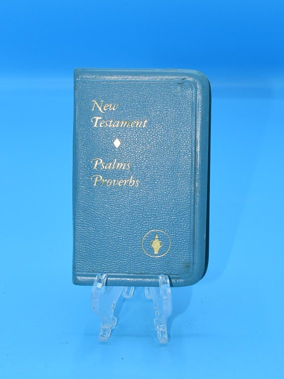 Bible Small Blue New Testament 1976 Vintage Gideons Pocket Bible Psalms Proverbs Lords Prayer Religious Book Christian Gift FREE SHIPPING