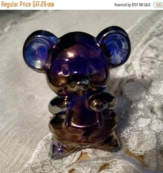 Sale Clearance Boyd Carnival Glass Willie the Mouse Vintage Miniature Iridescent Mouse Figurine Purple Blue Mini Mouse Animal Figurine Colle
