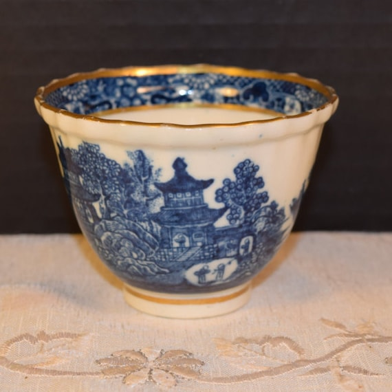 Salopian Blue Willow Tea Bowl Vintage Caughley Blue & White Footed Tea Cup Gold Accent Fine English China 18th Century Tableware Collectible