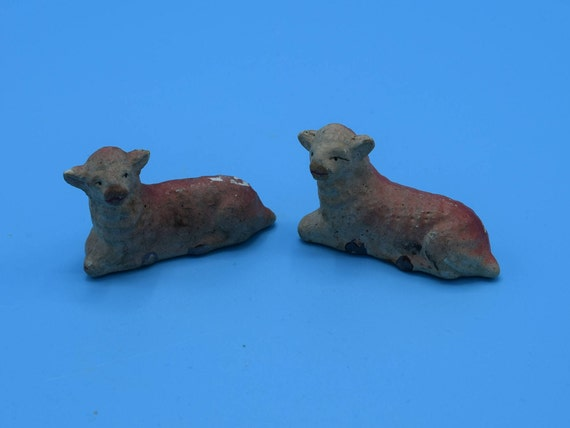 Chalkware Japan Red Lamb Figurines Vintage Pair of Chalk ware Sheep Red Hued Nativity Animals Christmas Nativity Easter Decor Figurines