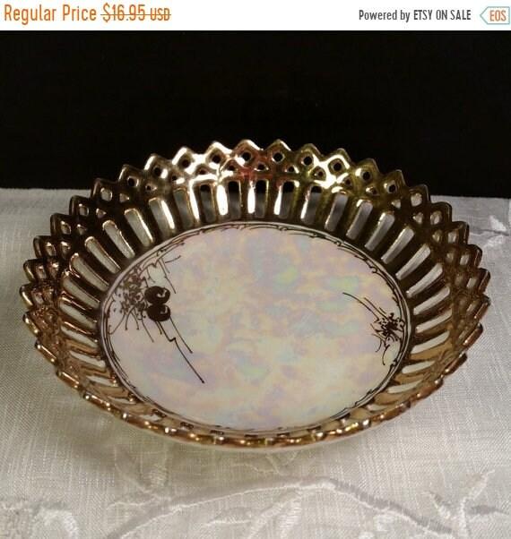 Sale Clearance Bavaria Gold Iridescent Lattice Porcelain Ring Dish Vintage Bavarian Trinket Tray Iridescent Small Round Pin Dish Shabby Chic