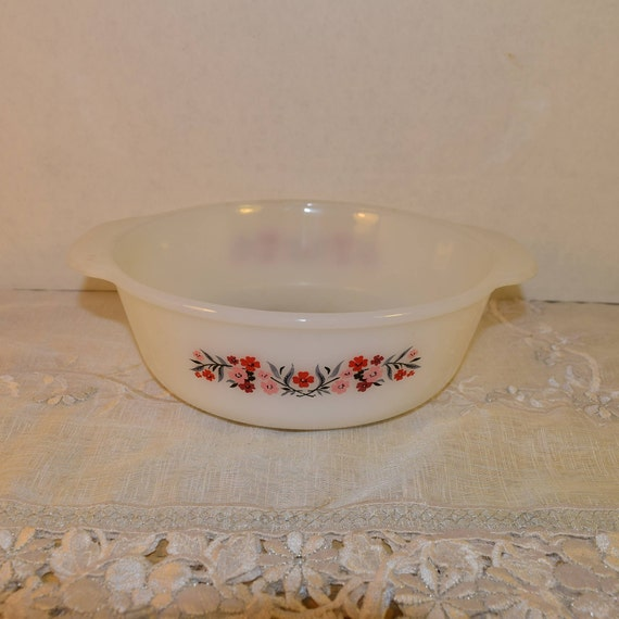 Fire King Primrose Casserole Dish Vintage Anchor Hocking 2 quart Baking Dish White Milk Glass Serving Bakeware Double Handles