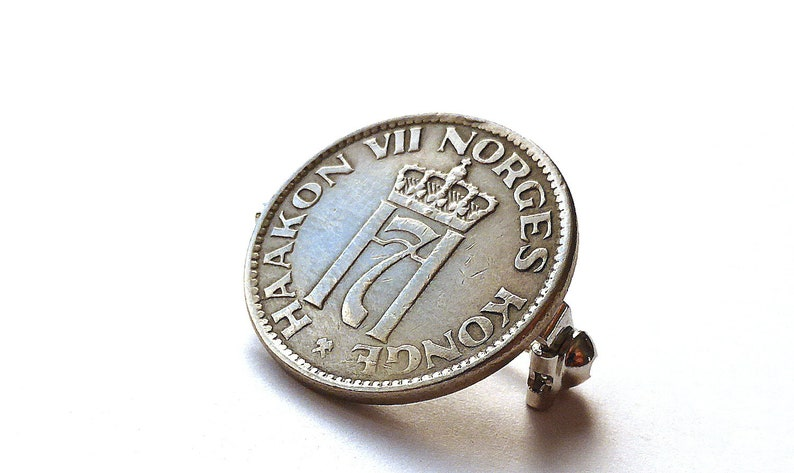 Coin Norway Brooches Vintage jewelry Coin brooch Coin pin Norwegian jewelry Accessories Upcycled jewelry Coin jewelry Pin