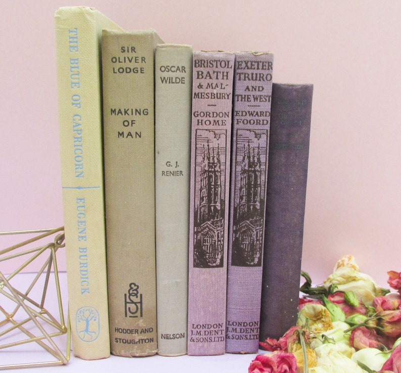Heather and Mist - Set of Vintage Decorative Books - Instant Library - Old  Book Collection