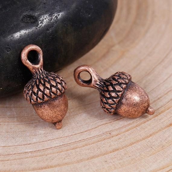 10 Acorn charms antique copper tone CC5