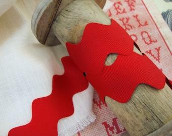Red fabric trim Red ribbon Crimson Zig Zag trim Red trim Sewing trim Red Ric Rac 12 inch 10 yards Ric Rac Red Ric Rac