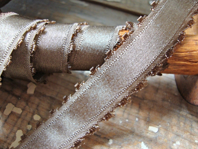 Brown Single Faced Satin Taffeta Ribbon with Picot Scalloped Edges 2 Yards 58 Inch
