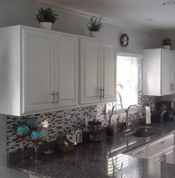 Smart Tiles Muretto Alaska Gray White Charcoal Marble Peel and Stick Backsplash