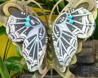Butterfly handmade leather earring! Eletric charged & blue and ready to fly just to you