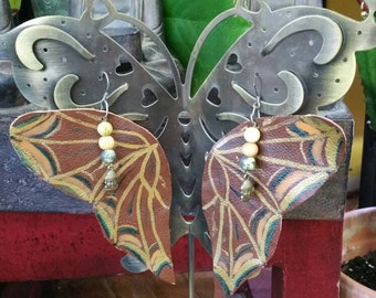 Butterfly handmade leather earring! Green heart Coco love ready to fly just to you !