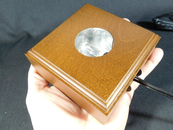 A Brown Top Quality SQUARE Display Stand With a LIGHTED Base!