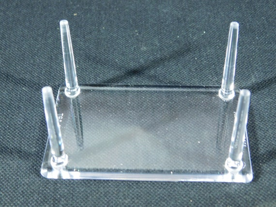 A Large LUCITE Riser Display Stand for Crystals Fossils Minerals and More!