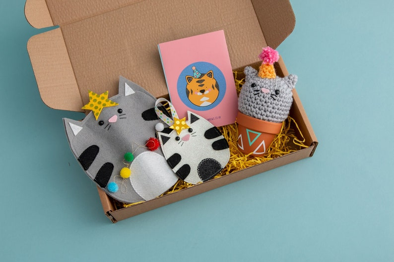 Cat gift set Christmas ornament kitsch cat decor Christmas image 0
