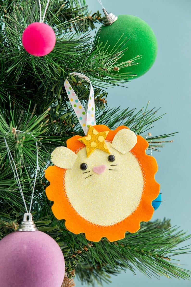 lion Christmas decoration quirky ornament kitsch decor image 0