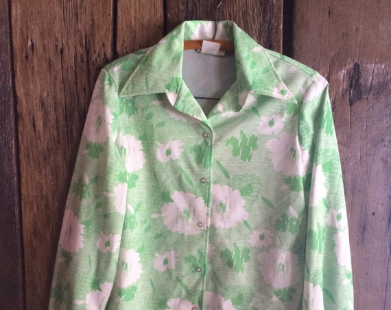 Vintage Floral Big Collar Button-Down Shirt. Lime Green and White Abstract Pattern. Mens M/ Womens L.