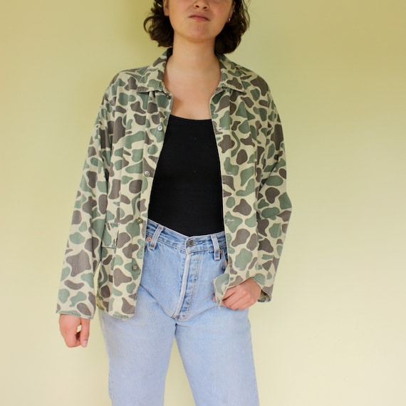 Camouflage Button Down Shirt with Button Hand Pockets. Super Soft