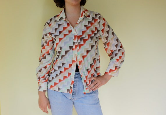 Geometric Sheer Vintage Button down by Norben from California. Made in USA. Diagonal Triangle Pattern.