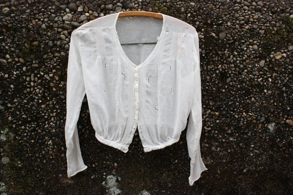 Crescent Moon Hand Sewn White Vintage Blouse. Early 1900s. Crescents, Lines and Dots Detail on Delicate Cotton. Triangles on Small Buttons.