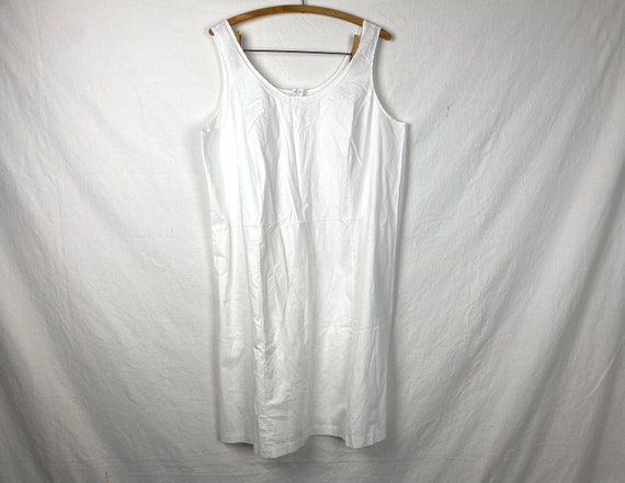 Amazing White All Cotton Vintage Slip House Dress.