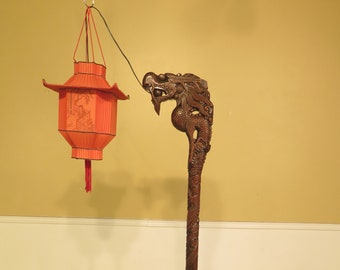 F44309EC: Chinese Dragon Carved Floor Lamp & Shade