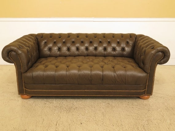 Fine 45637Ec Green Tufted Leather Chesterfield Sofa Machost Co Dining Chair Design Ideas Machostcouk