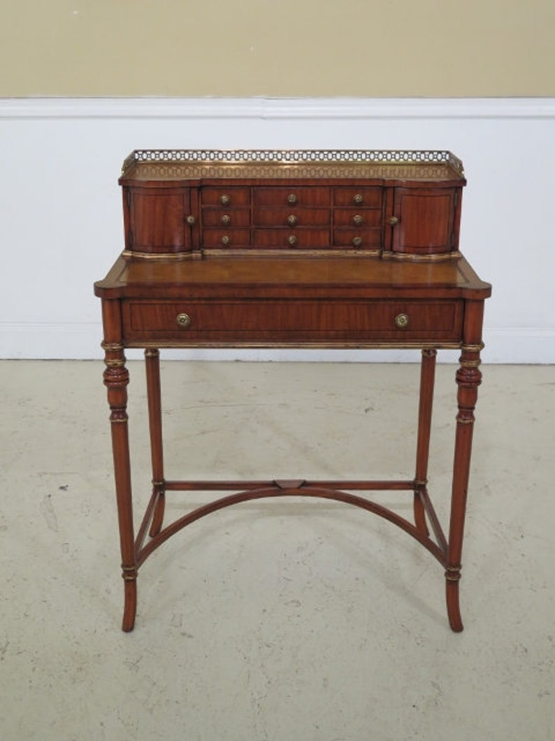 L29909EC: MAITLAND SMITH Small Occasional Desk In Mahogany