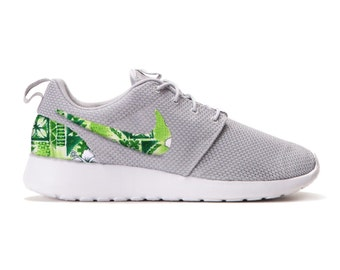 Details about Nike Women's Roshe Run White Black Palm Tree Sneakers Size 8 rare 511882 118
