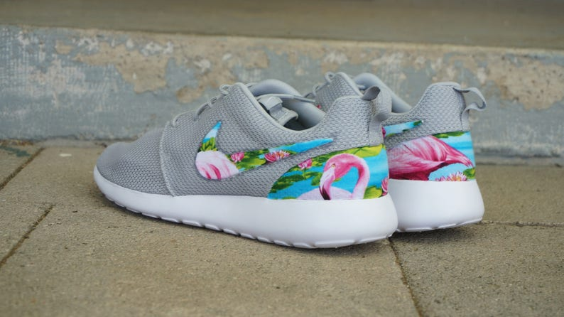 half off 9be84 5aa1f New Nike Roshe Run Custom Blue Green Flamingo   Etsy