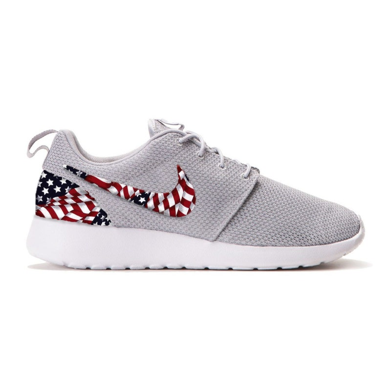 best sneakers d925f 23e94 New Nike Roshe Run Custom Red White Blue American Flag Edition Mens Shoes  Sizes 8 - 15