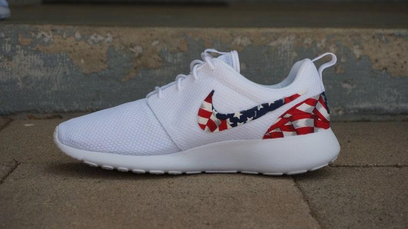 New Nike Roshe Run Custom Red White Blue American Flag Edition  d7e53c823