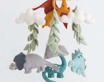 Dino mobile/ Dinosaur mobile / Dino nursery / baby animal mobile / Dinosaur theme nursery / natural nursery mobile