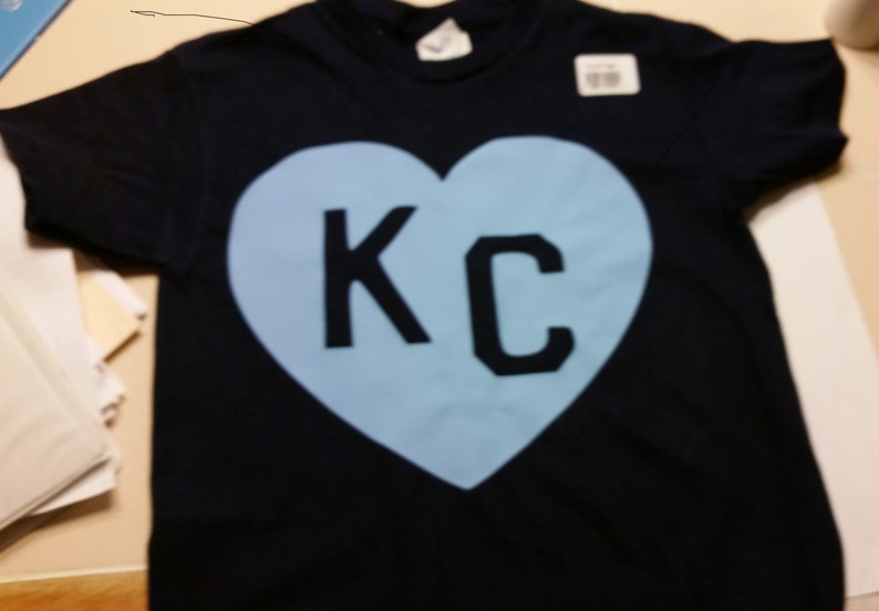 reputable site 058d9 7cb33 Custom made cotton t-shirts! Kansas City Royals baseball,I survived the KC  World series Parade, Crown home S,M, L, XL choose shirt color