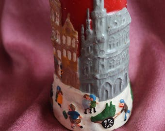 Christmas Candle Winter Scene Novelty Vintage Red Gold Glitter