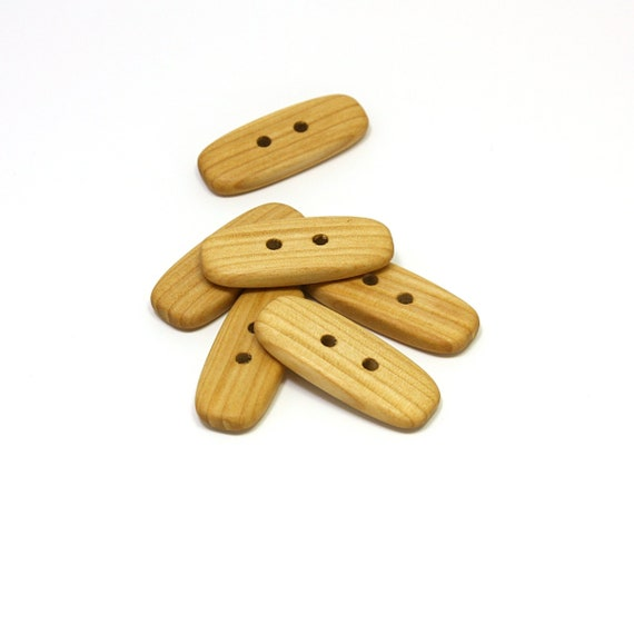 FREE P/&P UK 10 NATURAL WOODEN BUTTONS SIZE 26 16MM