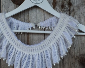 White Knitted Scarflette with Beads, Knitted Jewelry, Knitted Collar