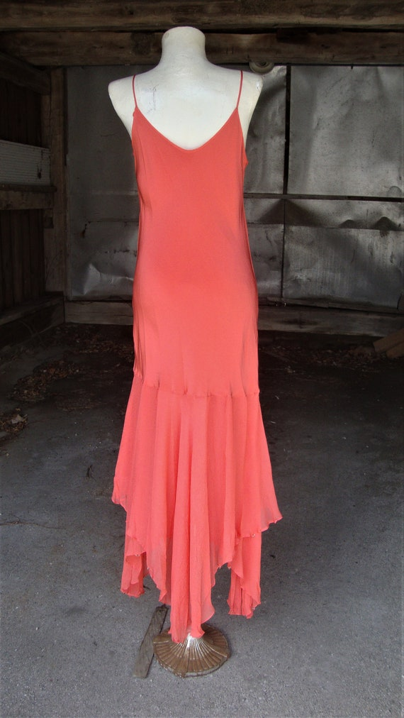 Lovely Vintage Coral Silk and Chiffon 1920's 1930… - image 9