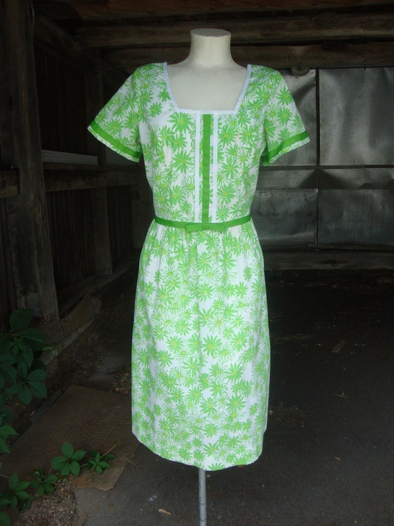 Vintage 1960's 60's Lilly Pulitzer Green and White