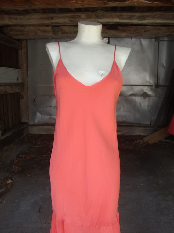 Lovely Vintage Coral Silk and Chiffon 1920's 1930… - image 3